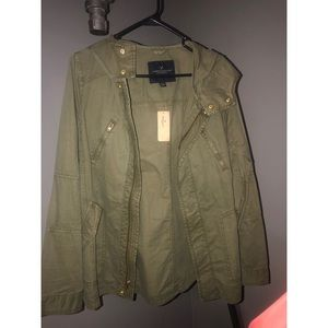 AE size Medium Army Green Cargo Jacket
